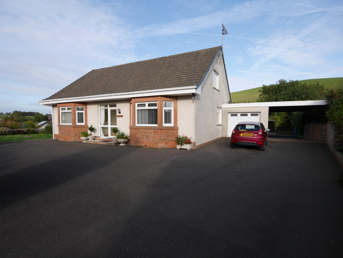 Glen Clova, Amisfield, Dumfries, DG1 3LN - Braidwoods Solicitors & Estate Agents