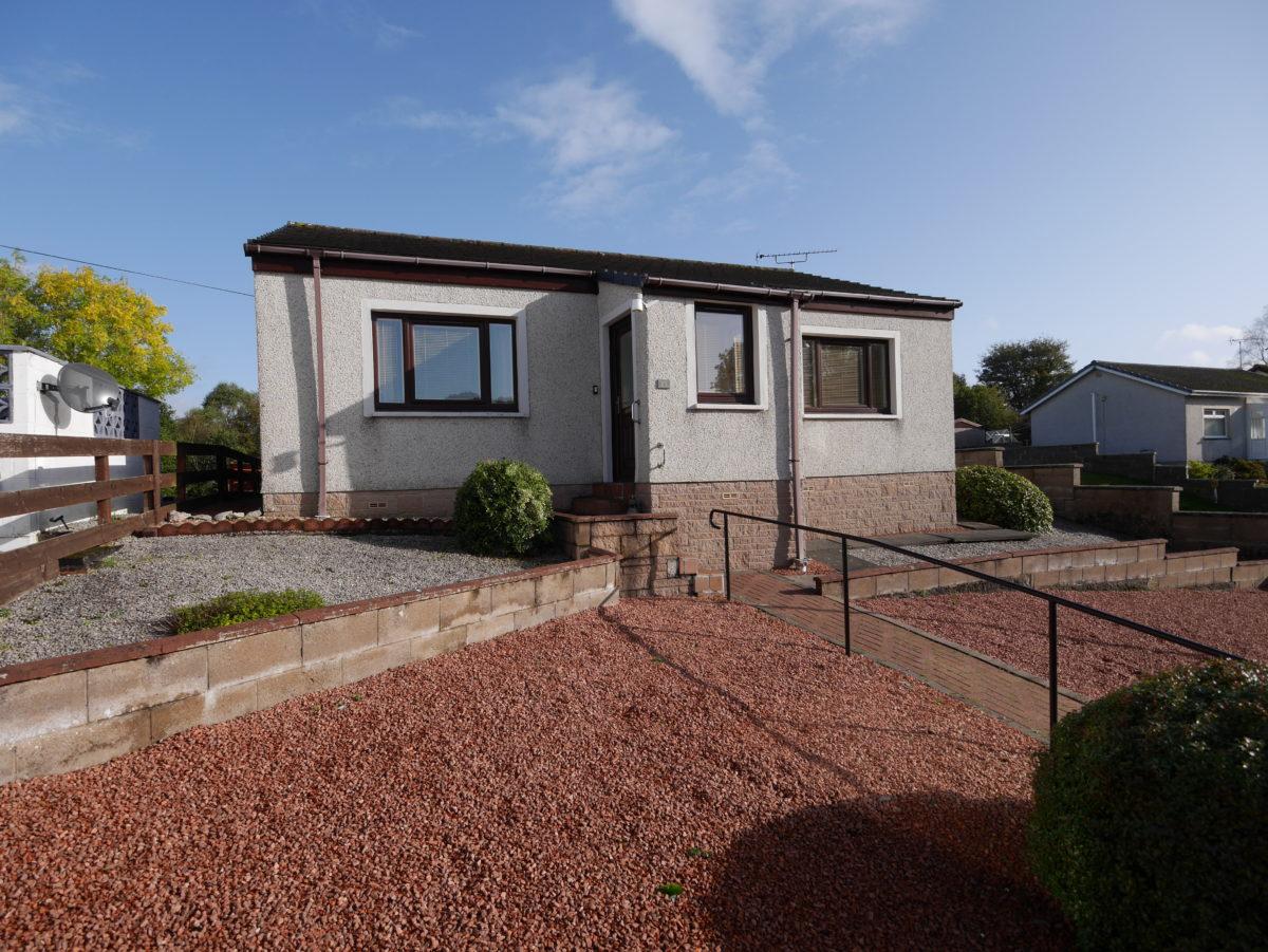 23 Bloomfield, Edinburgh Road, Dumfries, DG1 1SG - Braidwoods Solicitors & Estate Agents