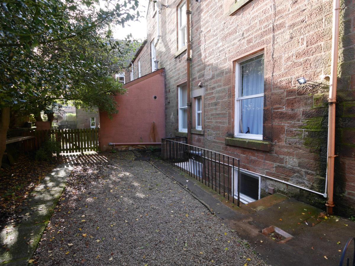 6B Victoria Terrace, Dumfries, DG1 1NL - Braidwoods Solicitors & Estate Agents