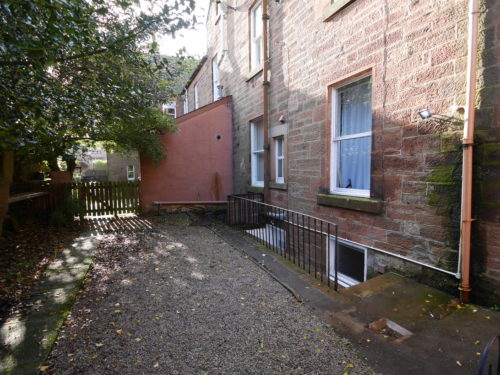 6B Victoria Terrace, Dumfries, DG1 1NL - Braidwoods Solicitors & Estate Agents