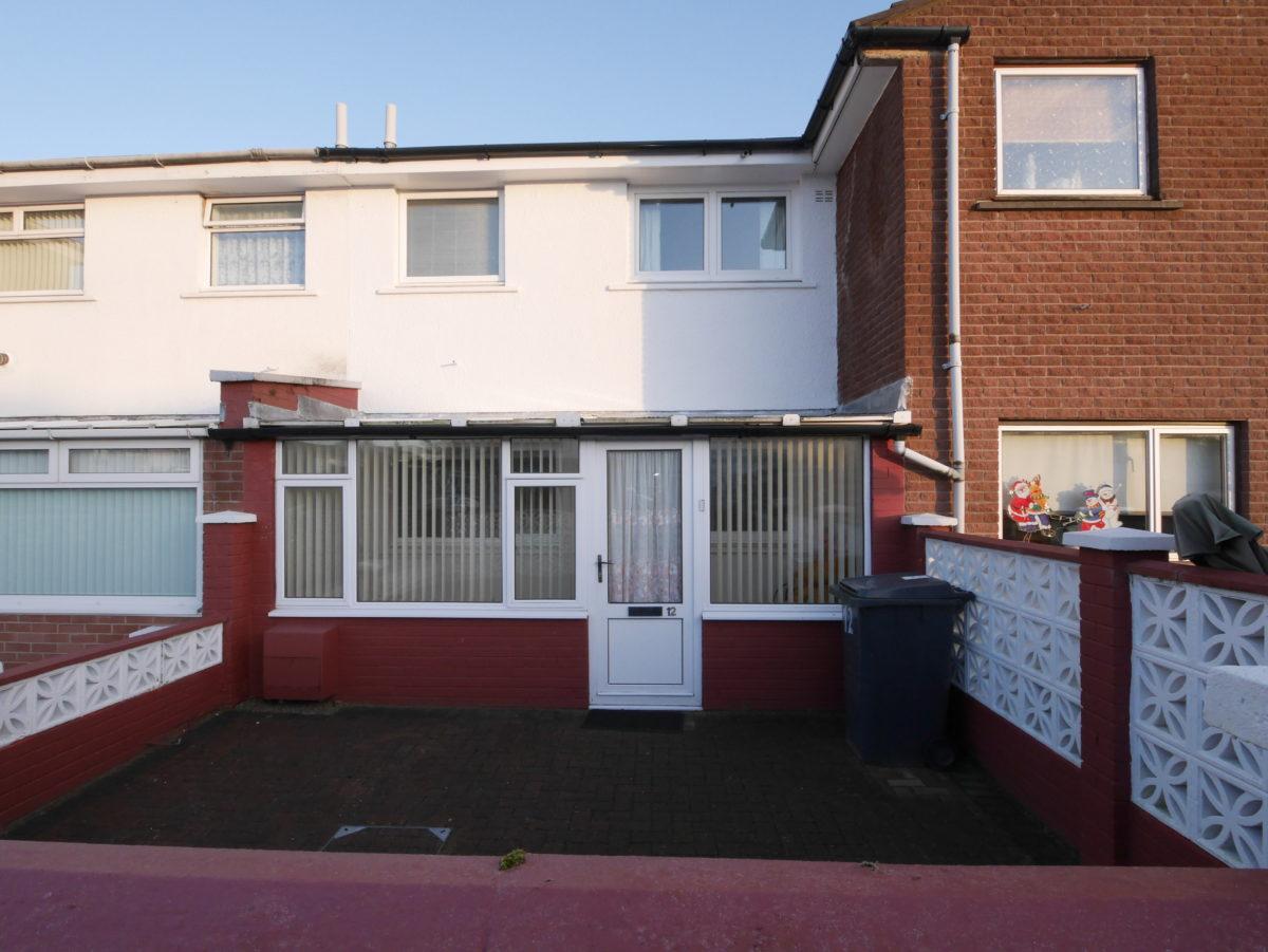 12 McLeod Court, Heathhall, Dumfries, DG1 3RT - Braidwoods Solicitors & Estate Agents