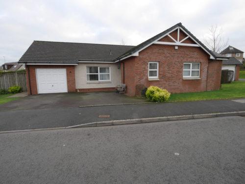 4 Hardthorn Meadows, Dumfries, DG2 9HW - Braidwoods Solicitors & Estate Agents