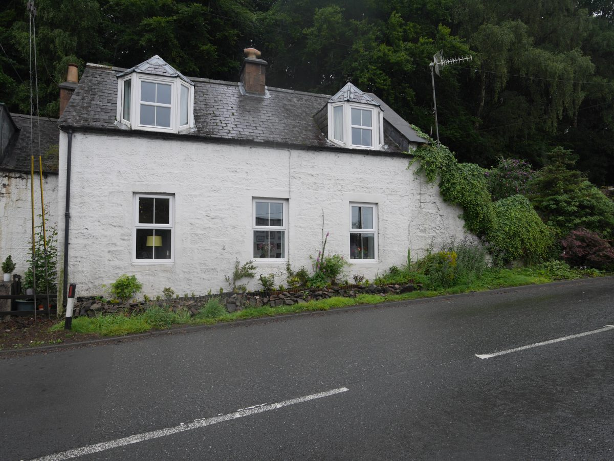 42 Carronbridge, Carronbridge, Thornhill, Dumfriesshire, DG3 5AY - Braidwoods Solicitors & Estate Agents