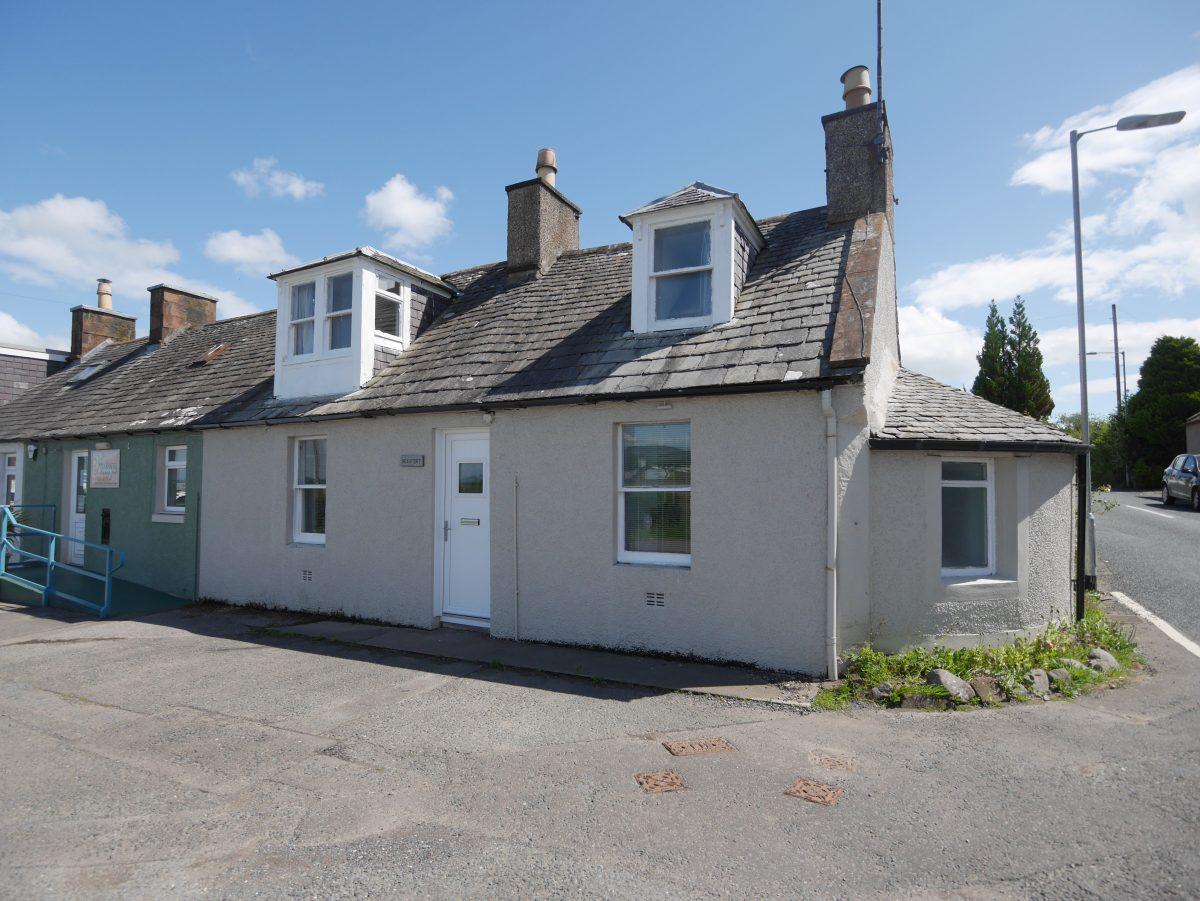 Beaufort, Glencaple, Dumfries, DG1 4RD - Braidwoods Solicitors & Estate Agents