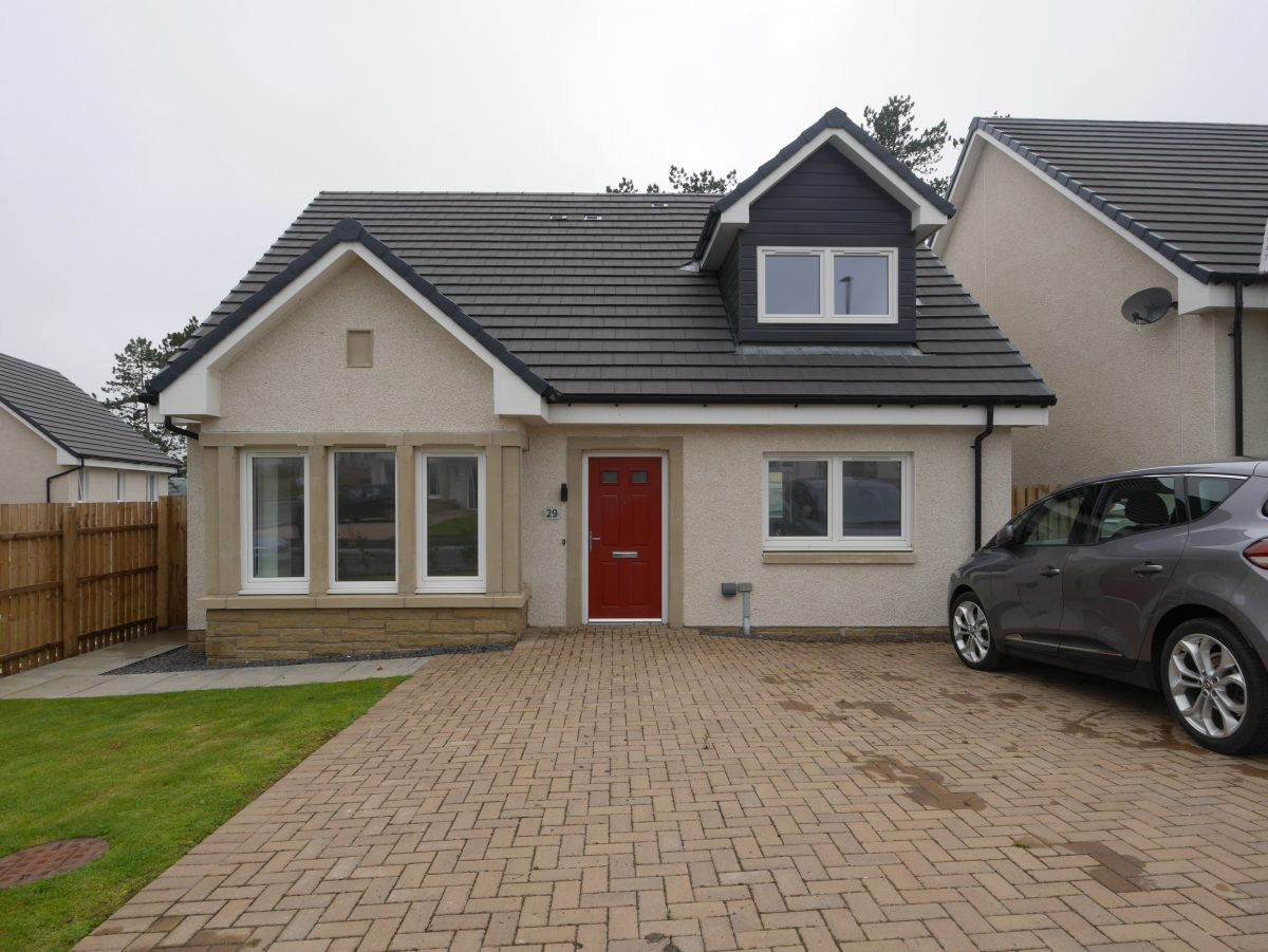 29 Eric Ross Way, Cumnock, KA18 1FH - Braidwoods Solicitors & Estate Agents