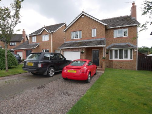 6 Woodgrove Drive, Dumfries, DG1 1RA - Braidwoods Solicitors & Estate Agents