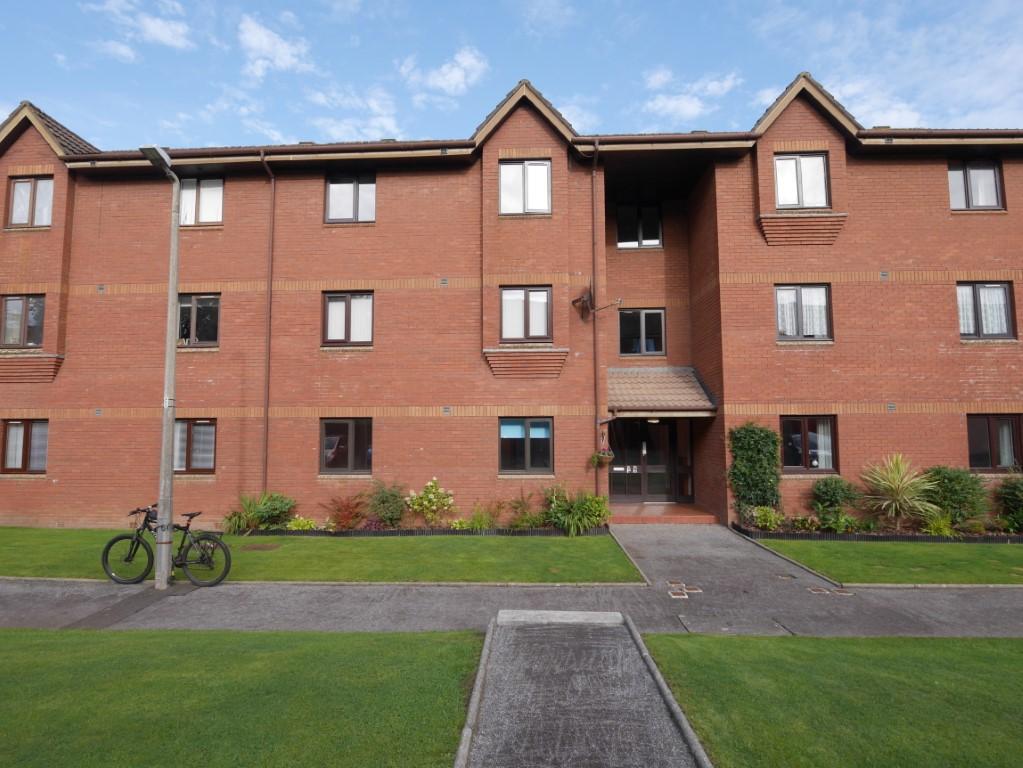 57 Kirkpatrick Court, Dumfries, DG2 7DG - Braidwoods Solicitors & Estate Agents